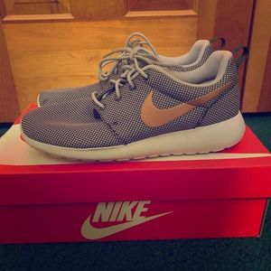 Women's Nike Roshe One